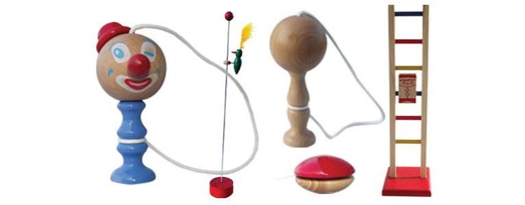 jouets traditionnel en bois, échelles, piverts, bilboquets, yoyo, artisanat jurassien, fabrication française