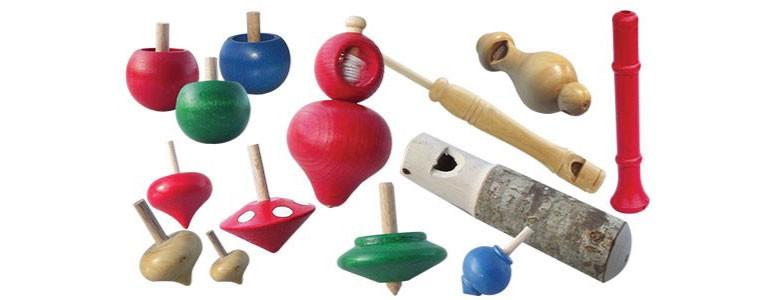 toupie , sifflets en bois atisanat jura, fabrication française